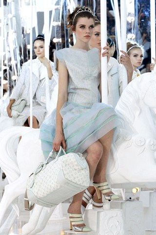 Louis Vuitton Spring Summer 2012, Womenswear!