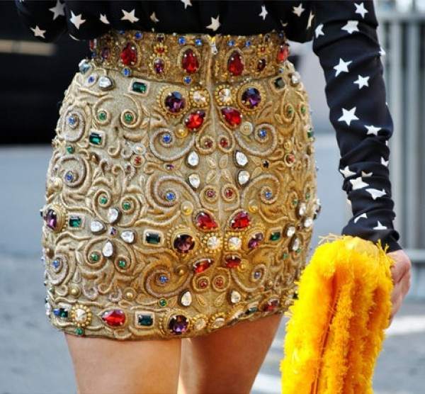 statement_skirt_dolce&gabbana_Portraits of Elegance