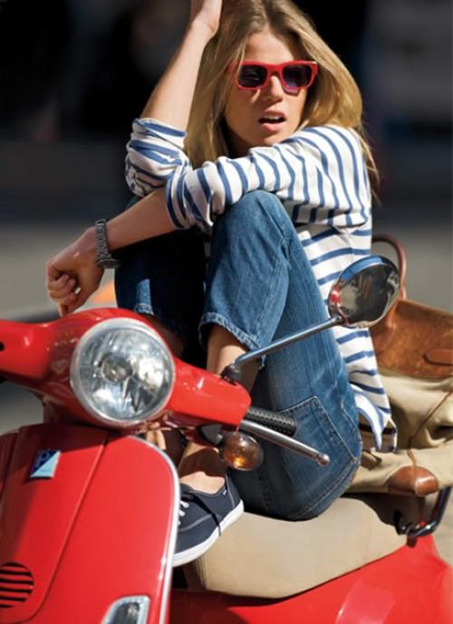 Vespa Style! Ride in Elegance!