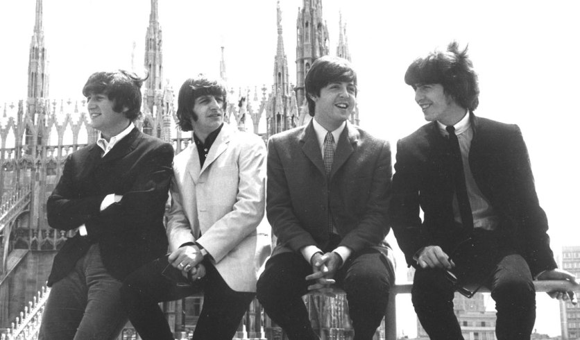 vintage-photos-of-milan-italy-duomo-cathedral-the-beatles-on-roof-gal-7